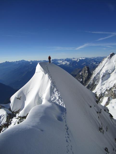 alpinism aosta valley mountain guide stefano glassier alpinismo quattromila monte bianco monte rosa gran paradiso cresta kufner guida alpina courmayeur